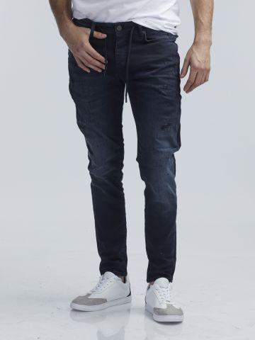 ג'ינס סקיני עם שרוך