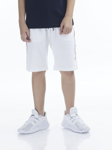 מכנסיים ספורטיביים עם פסים