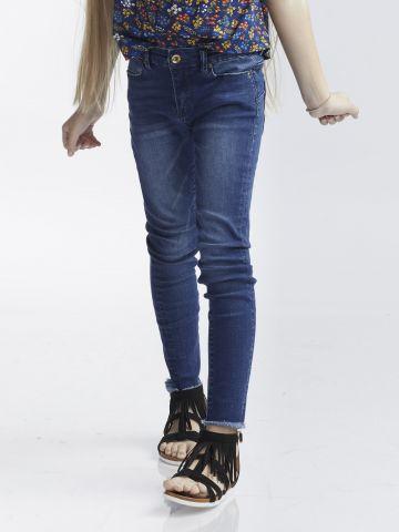 ג'ינס כחול קלאסי