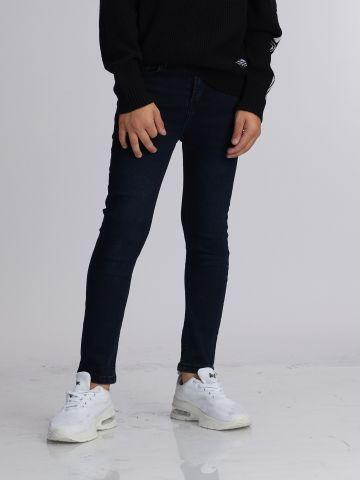 ג'ינס קלאסי חתיכי