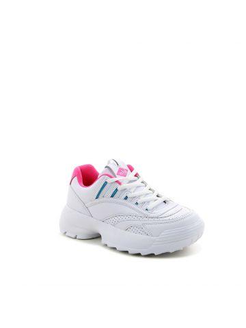 נעלי ספורט במראה זרחני