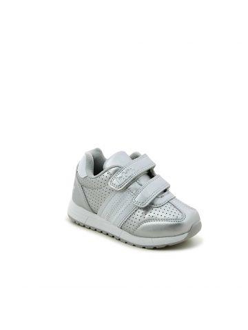 נעלי ספורט מטאל שיק