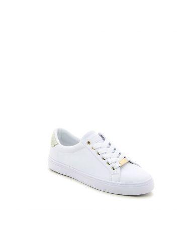 נעלי סניקרס קלאסיות לנשים