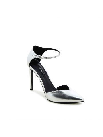 TITAN נעלי סטילטו מרשימות