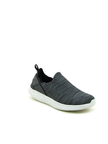 נעלי ספורט ללא שרוכים