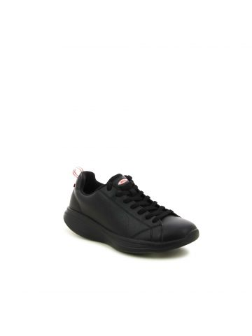 נעלי ספורט קלאסיות