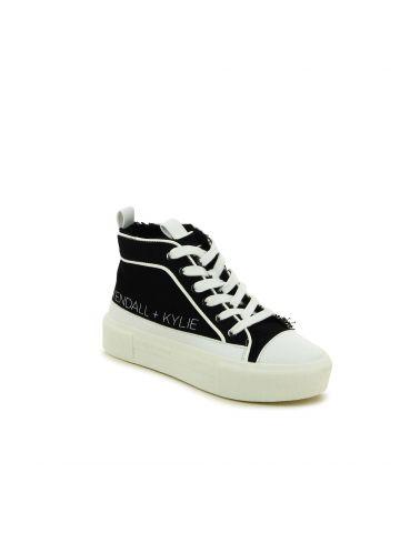 נעלי סניקרס ממותגות TENS