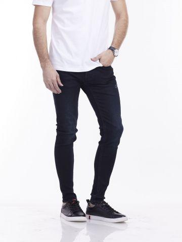 ג'ינס סקיני גזרת סלים