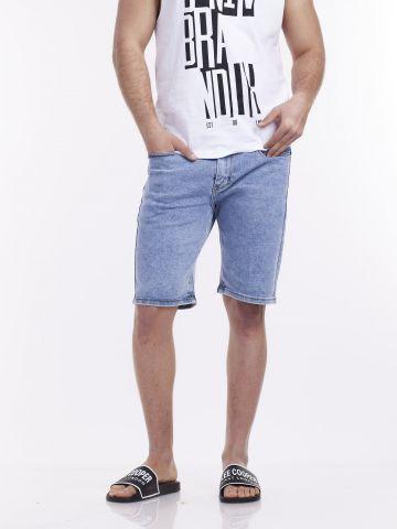 מכנסי ג'ינס ברמודה משופשף