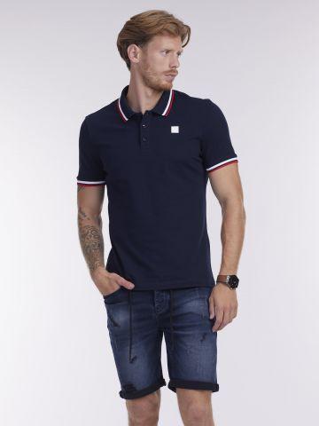 חולצת פולו בסגנון אמריקאי
