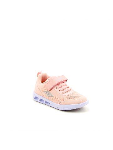 נעלי ספורט עם סולייה מעוצבת