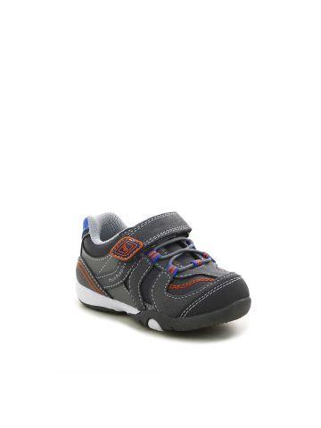 נעלי ספורט קרן אפורות