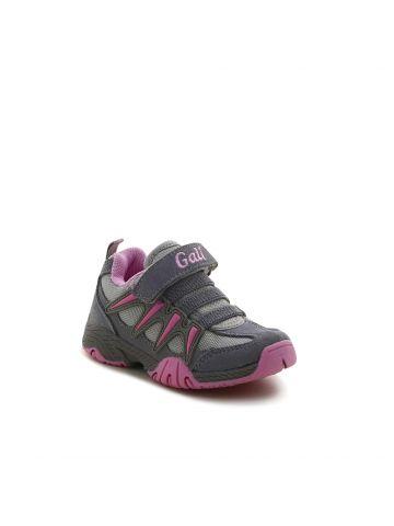 נעלי ספורט אפורות מדליקות