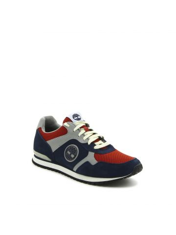 נעלי סניקרס ספורטיביות