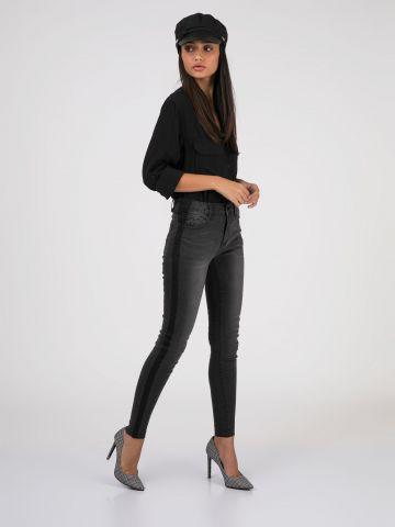 PEARL ג'ינס סקיני עם פס שחור