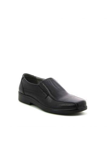 נעלי נוחות שחורות יומיומיות