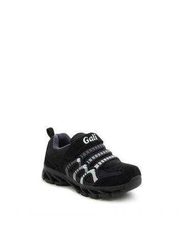 נעלי ספורט שחורות מדליקות