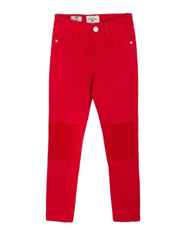 מכנסיים אדומים עם קפלים