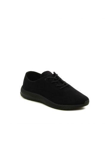 נעלי ספורט שחורות קלילות