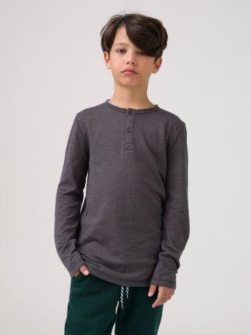 חולצת טי כפתורים אפור