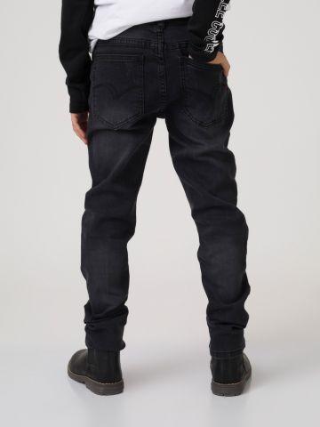 מכנסי ג'ינס שחורים