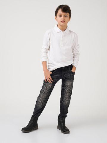 ג'ינס אפור עם קפלים