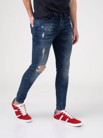 LAD סקיני ג'ינס עם קרע