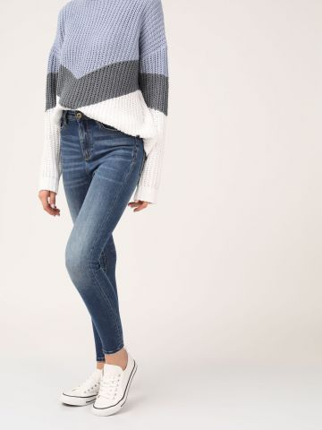 LOLA ג'ינס סקיני משופשף גבוה