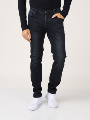 ג'ינס כהה גזרה ישרה
