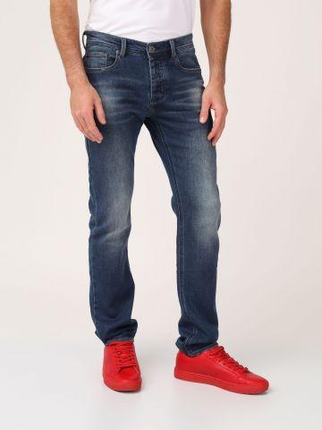 ג'ינס משופשף גזרה ישרה