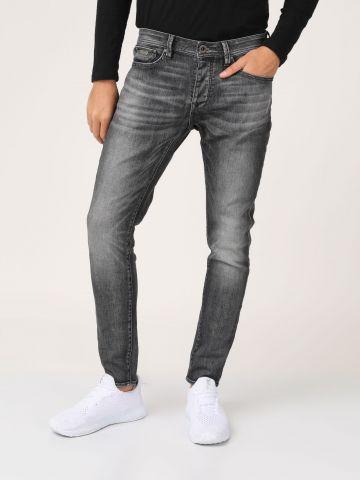 ג'ינס אפור כהה קרעים סגורים