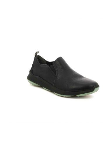 נעלי נוחות סגורות לגבר
