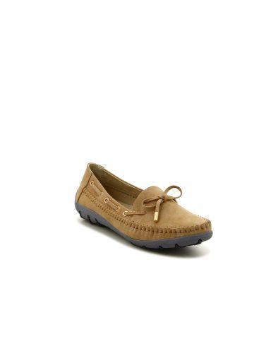 נעליים שטוחות בגזרת מוקסין