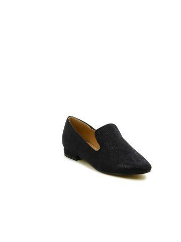 נעליים שטוחות בסגנון מוקסין