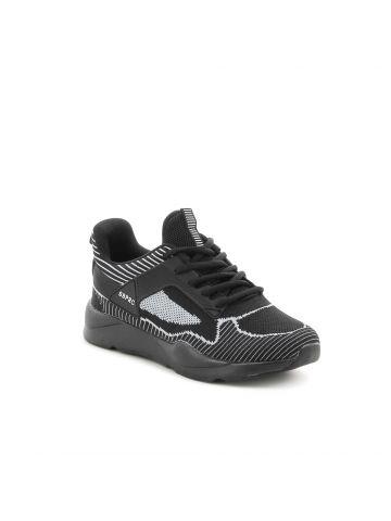 נעלי ספורט עם לשונית גבוהה