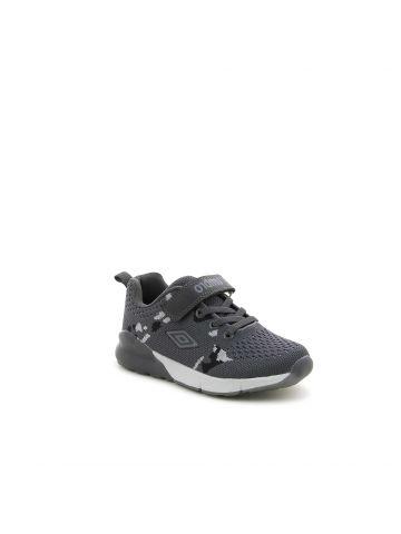 נעלי ספורט בסגנון קמפולאז'