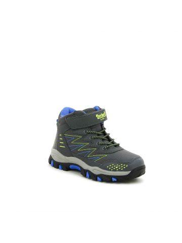 נעלי הליכה גבוהות מעוצבות