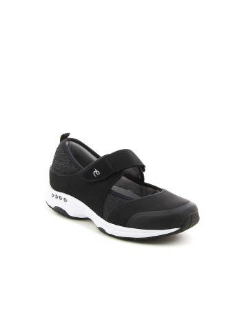 נעלי נוחות עם סקוץ'