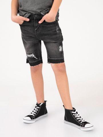 מכנסי ברמודה ג'ינס עם קרע