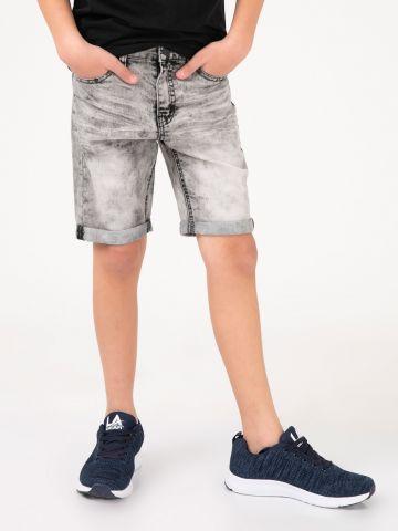 מכנסי ג'ינס קצרים ארבעה כיסים