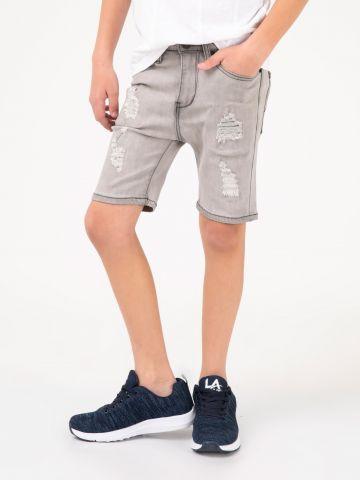 מכנסי ברמודה ג'ינס קרעים