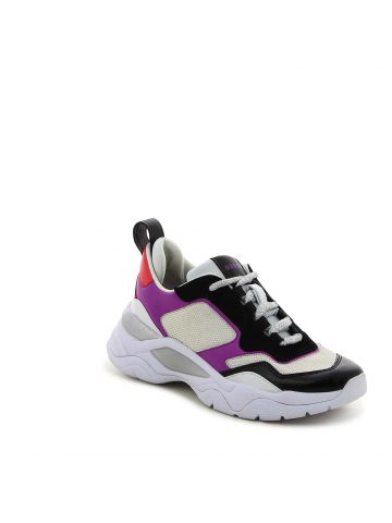 נעלי סניקרס מוגבהות עם בטנה