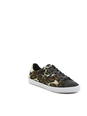 נעלי סניקרס מנומרות